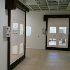 Puerta Rápida salas blancas