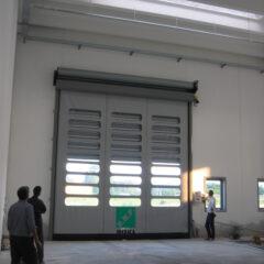 Puerta rigida +rapida Komby®